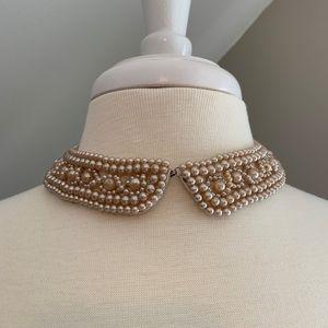 Jewelry - 💛VINTAGE💛 Pearl Collar